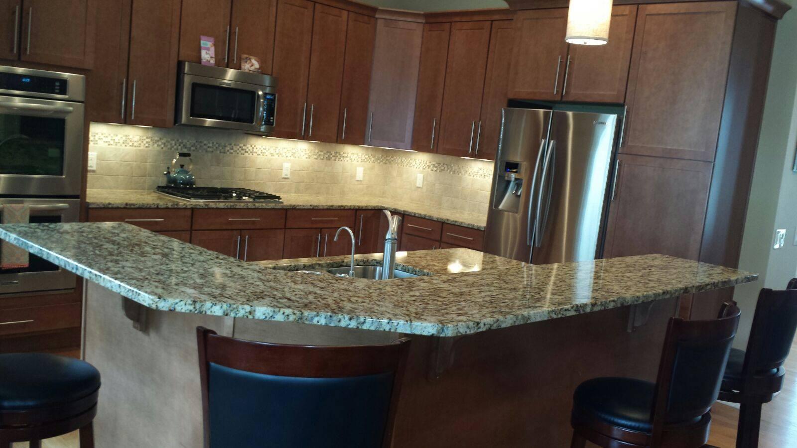 Custom Kitchen Countertops   Quartz, Granite U0026 Marble: Cincinnati, OH